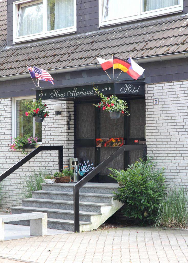 Kontakt Hotel haus Mariand´l in düsseldorf